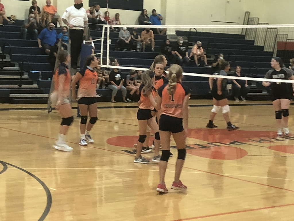 NPMS7th grade volleyball action!  Cougars take the first set 25-11 over the Parke Heritage Wolves